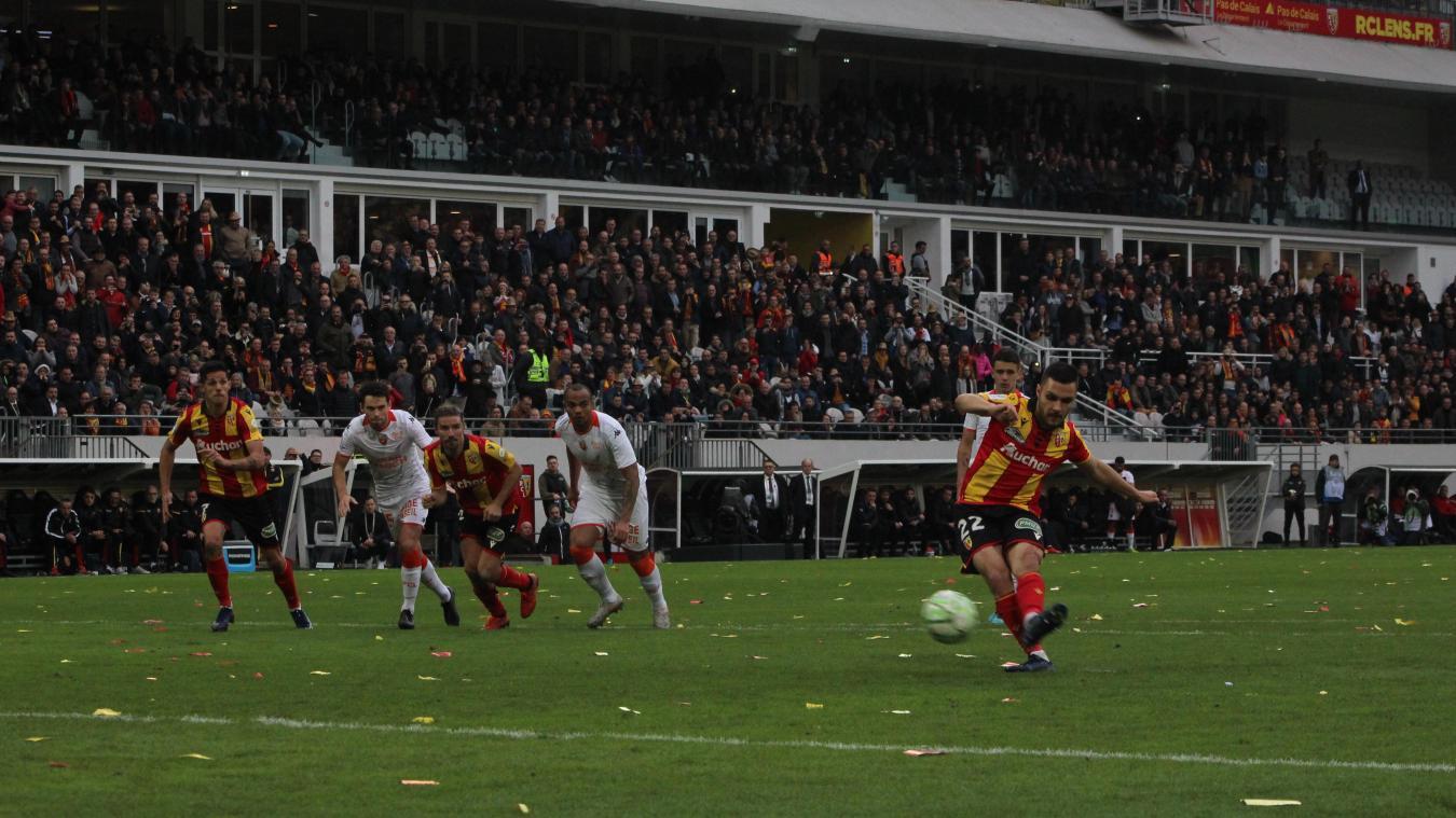 Mauricio a inscrit le penalty vainqueur face à Lorient.