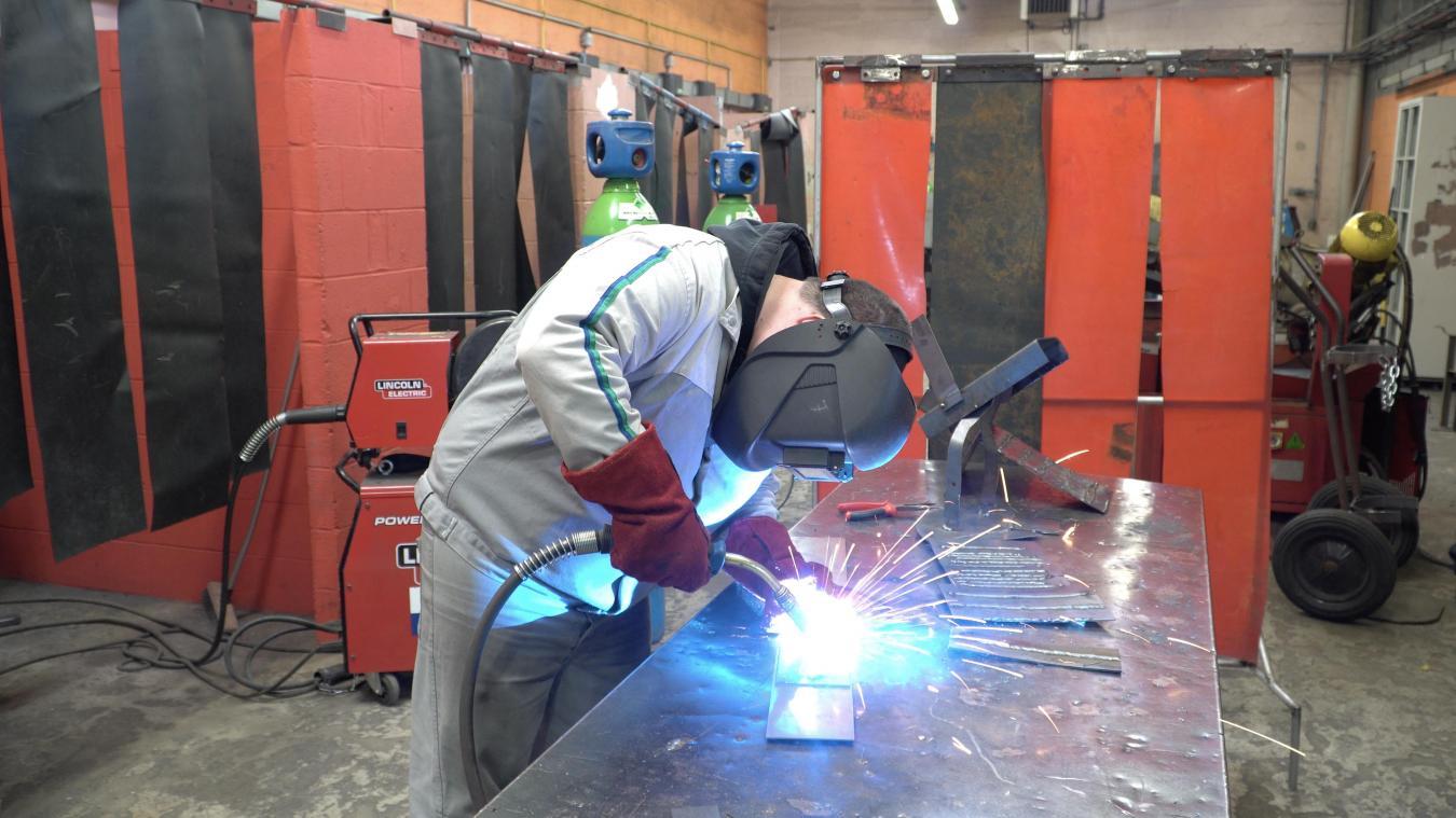 L'Afpi reçoit de nombreuses offres d'emploi d'entreprises des Hauts-de-France, allant du technicien de maintenance industrielle au chaudronnier en passant par l'électromécanicien et l'intégrateur robotique.
