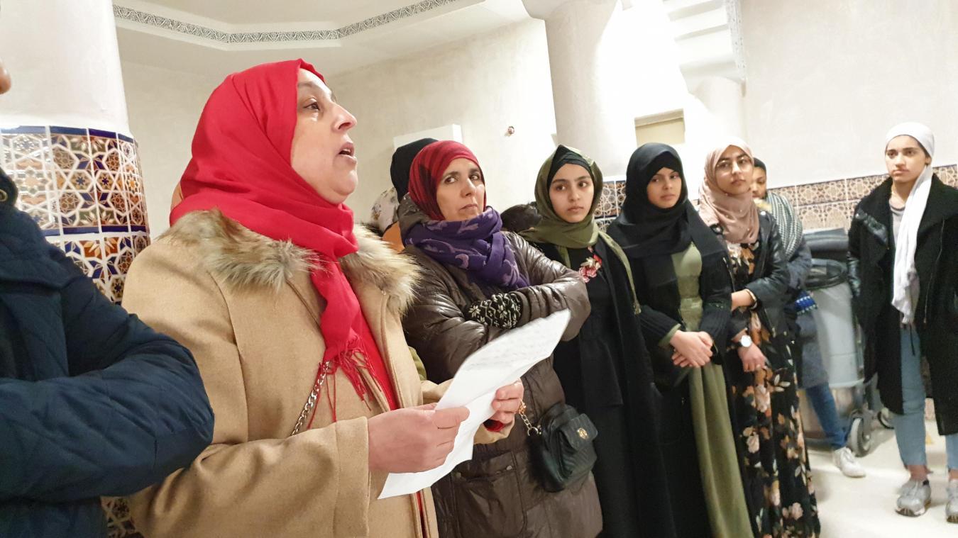 Rencontrées à la mosquée d'Arras, ces femmes françaises et musulmanes ont réagi aux polémiques lancées par l'extrême droite.
