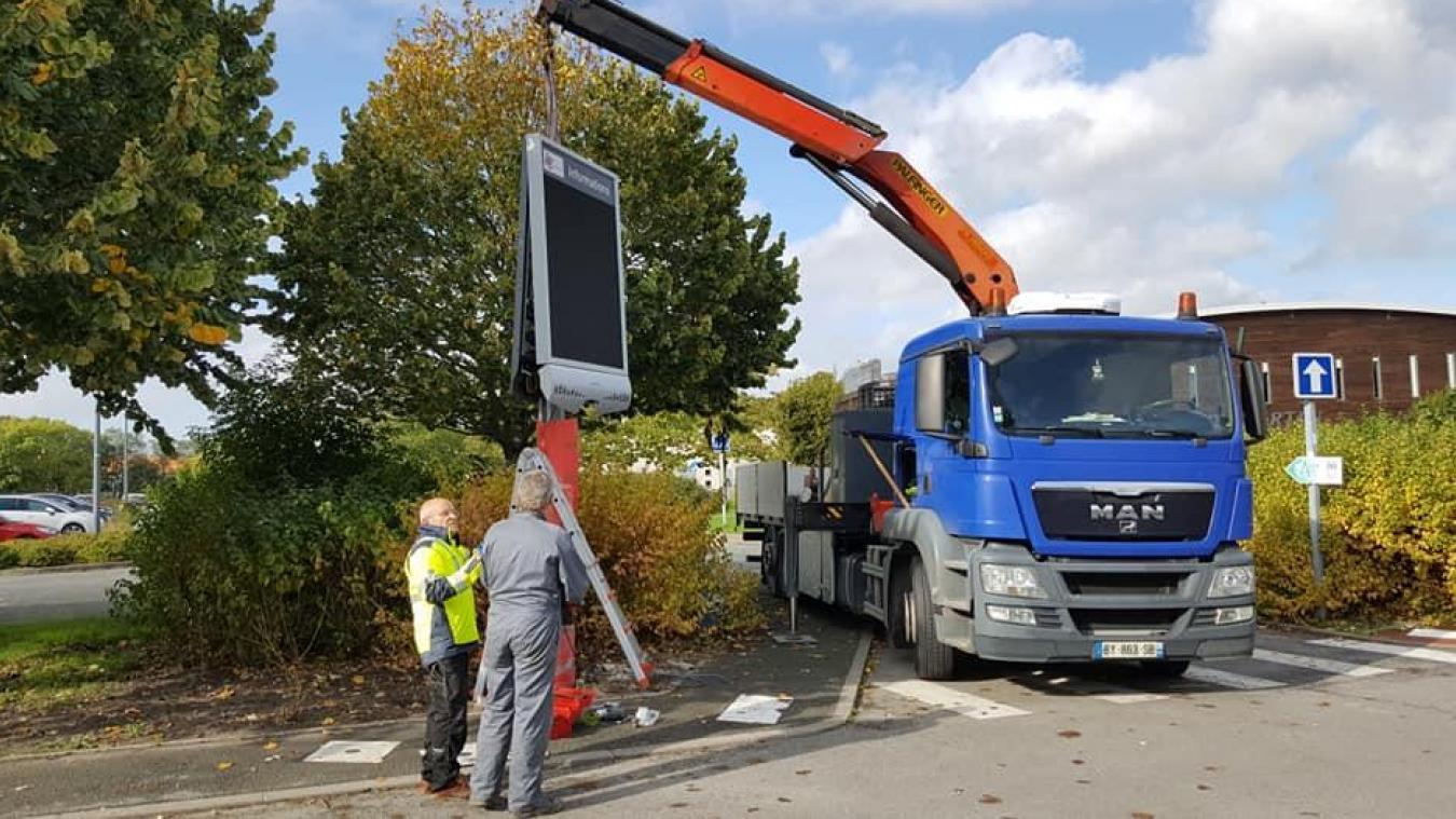 Le panneau a été installé il y a quelques jours, près de l'Espace Pierre-de-Coubertin.