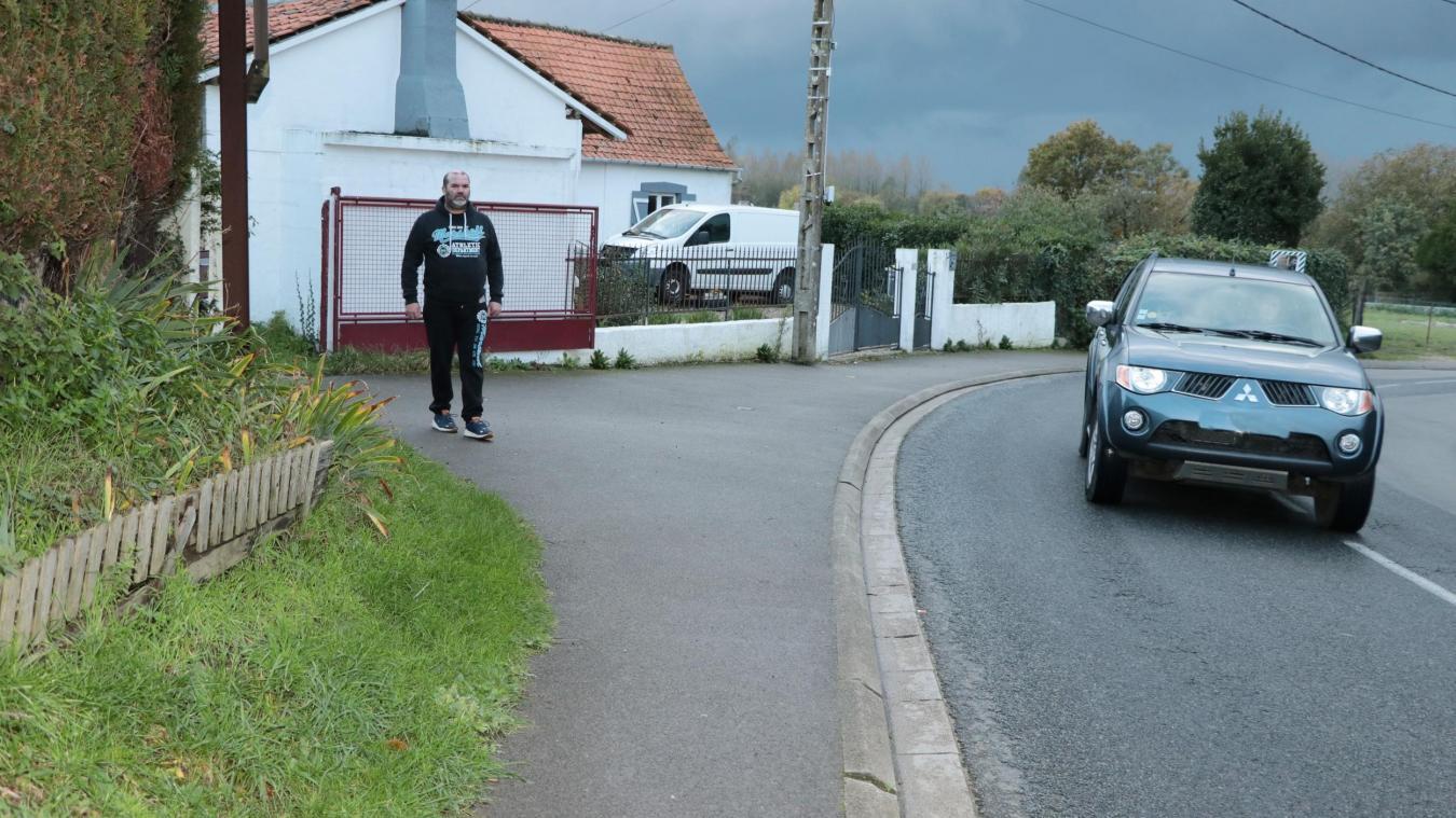 Vincent Descarpentries a été fauché sur le trottoir devant son habitation un jour de juillet. Depuis il est toujours en arrêt de travail.
