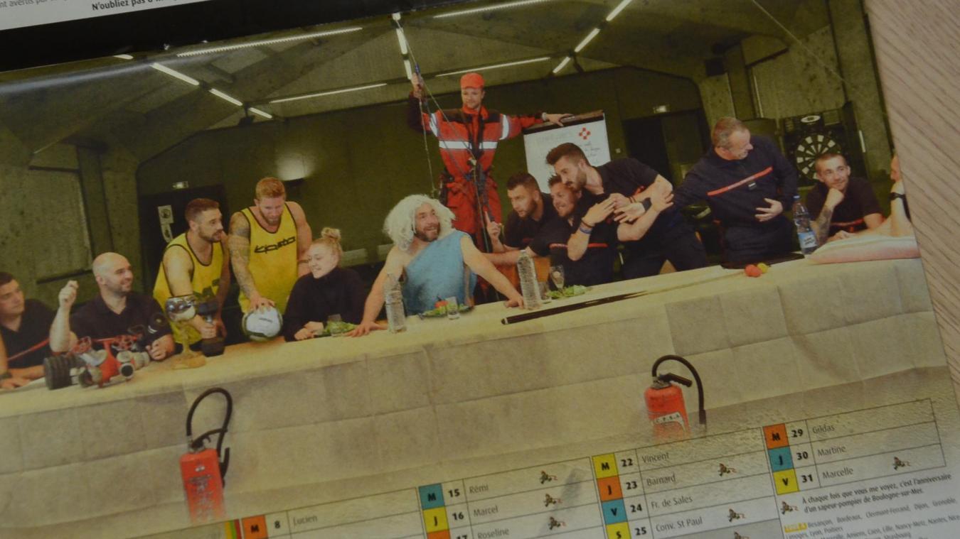 L'Amicale des pompiers de Boulogne-sur-Mer a innové pour son calendrier 2020.