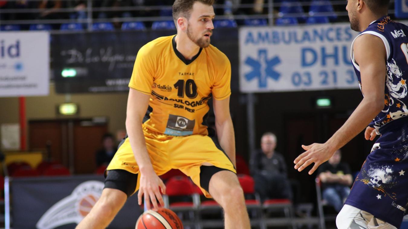 À 26 ans, Hugo Dumortier est l'un des piliers de l'équipe du SOMB.
