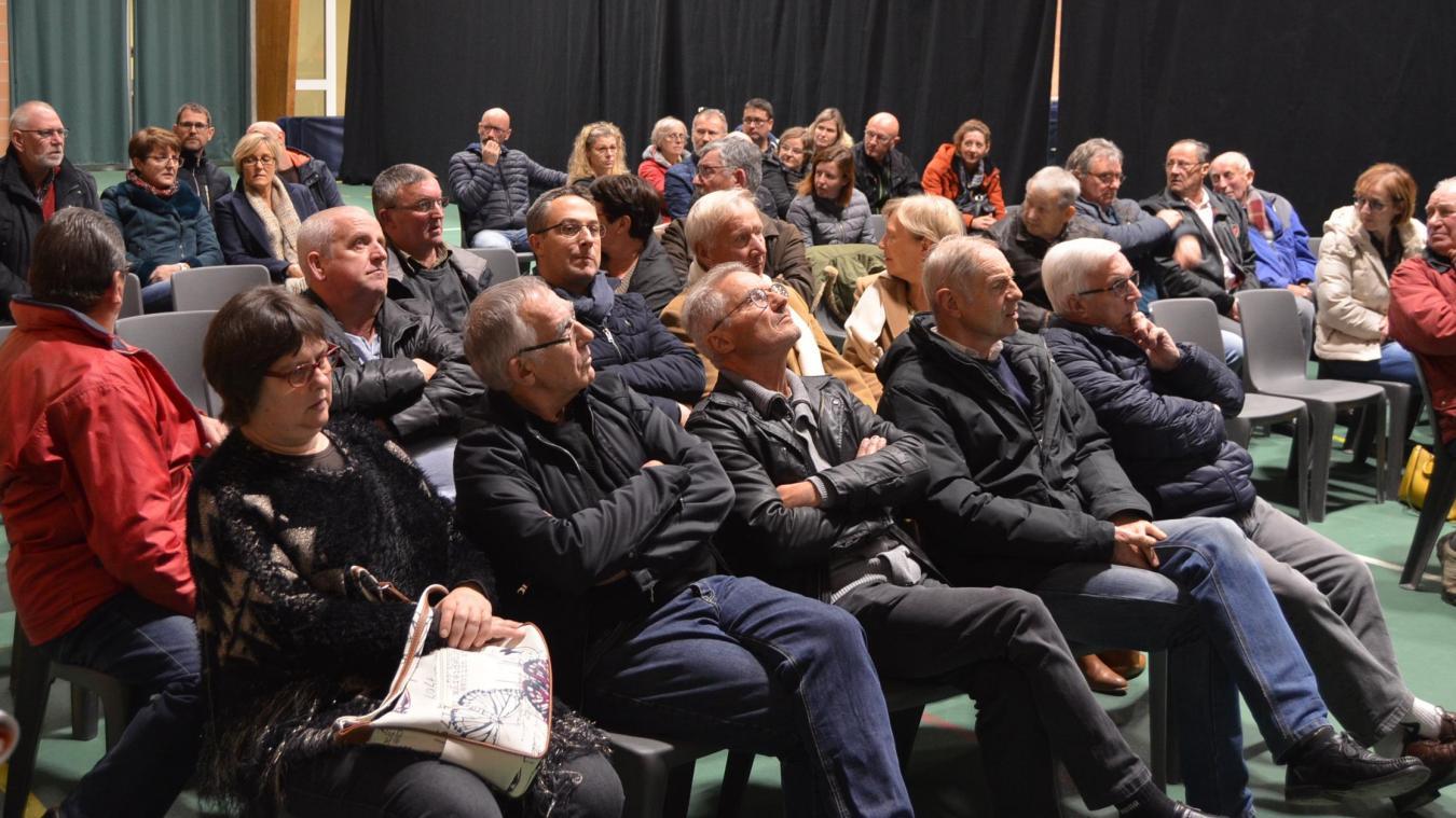Une cinquantaine d'habitants ont assisté à la présentation du chantier de 430 000 €, et ses incidences.