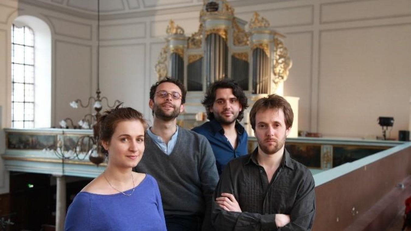 Un ténor et trois musiciens pour vous enchanter.