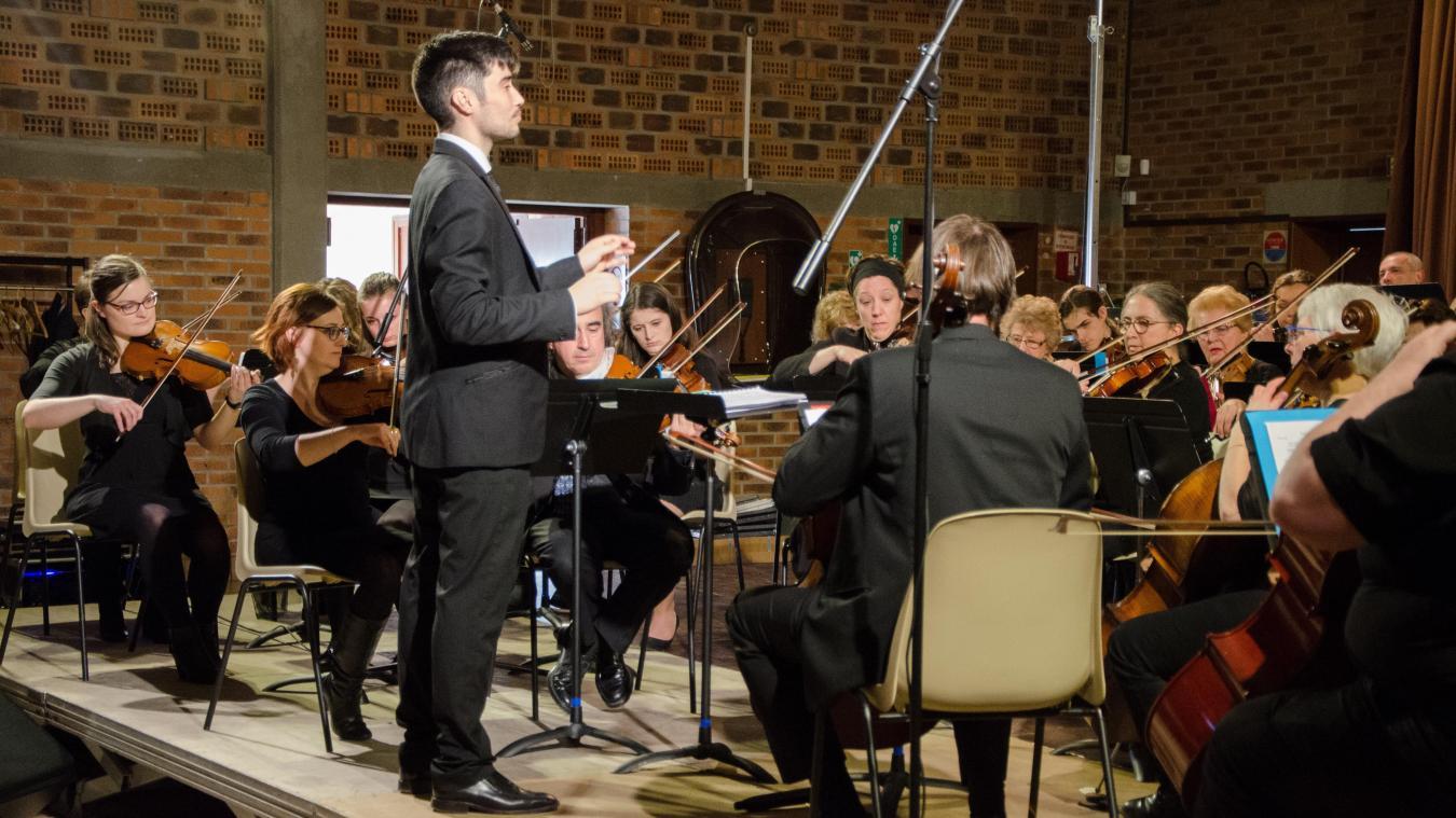 Au programme de ce concert symphonique : chanson française, musiques de dessins animés, musiques de film et comédie musicale (Show Boat...).