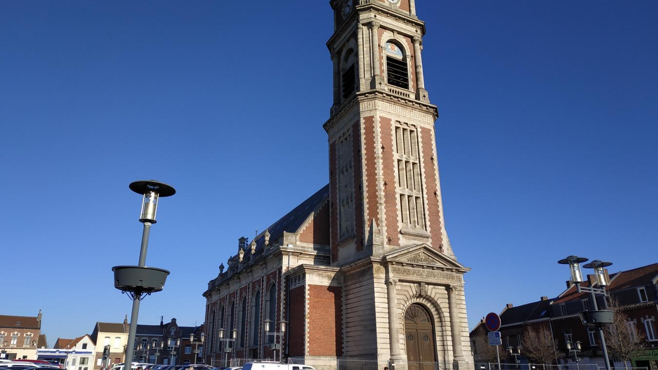 Papier Peint Lionet Hazebrouck harnes : prison ferme pour vol dans le presbytère