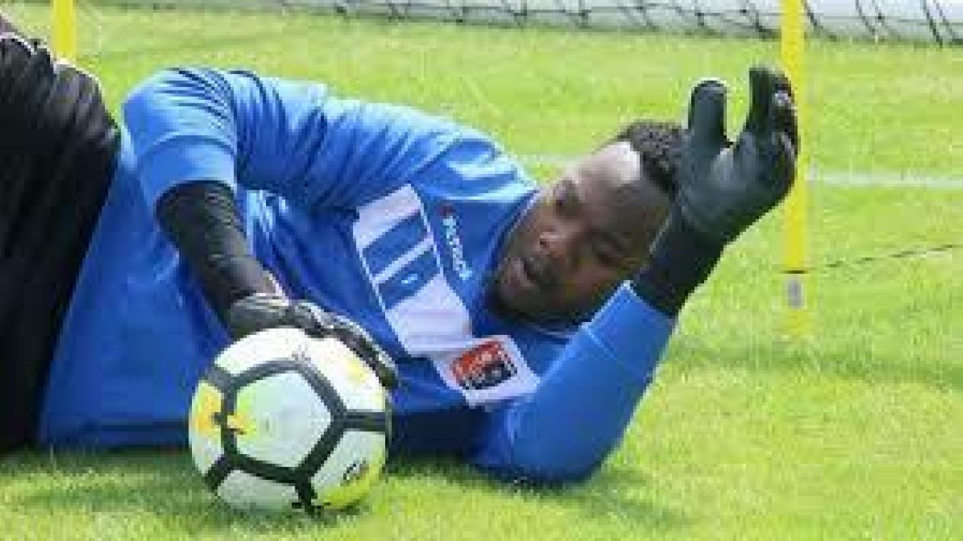 Ligue 1: Riffi Mandanda rejoint le Stade rennais