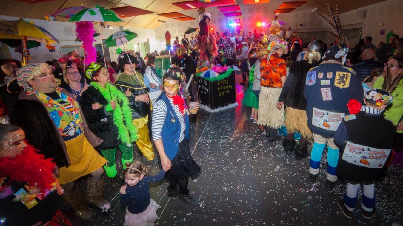 Le bal enfantin est un des nombreuses manifestations organisée par les amis de l'école.