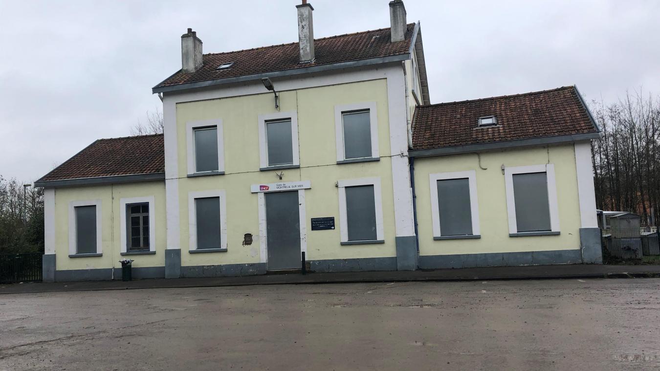 La gare de Montreuil a été fermée autour de 2017.