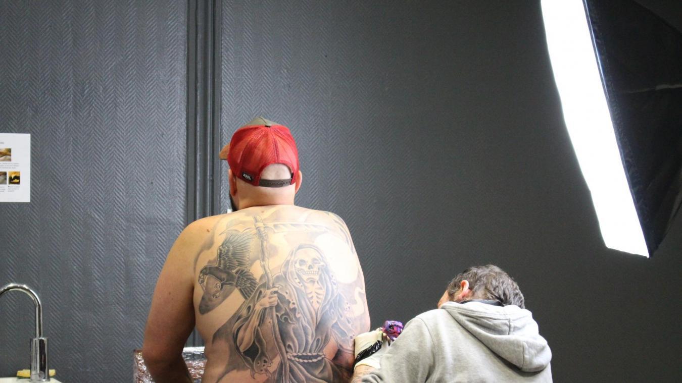 De nombreux tatoueurs sont prévus pour cette première convention.