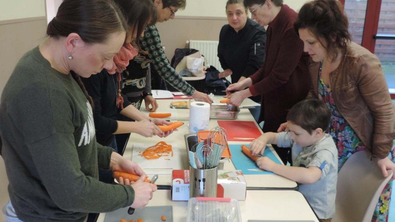 Les familles participantes ont pu assister à des ateliers dont celui intitulé cuisine anti-gaspi.