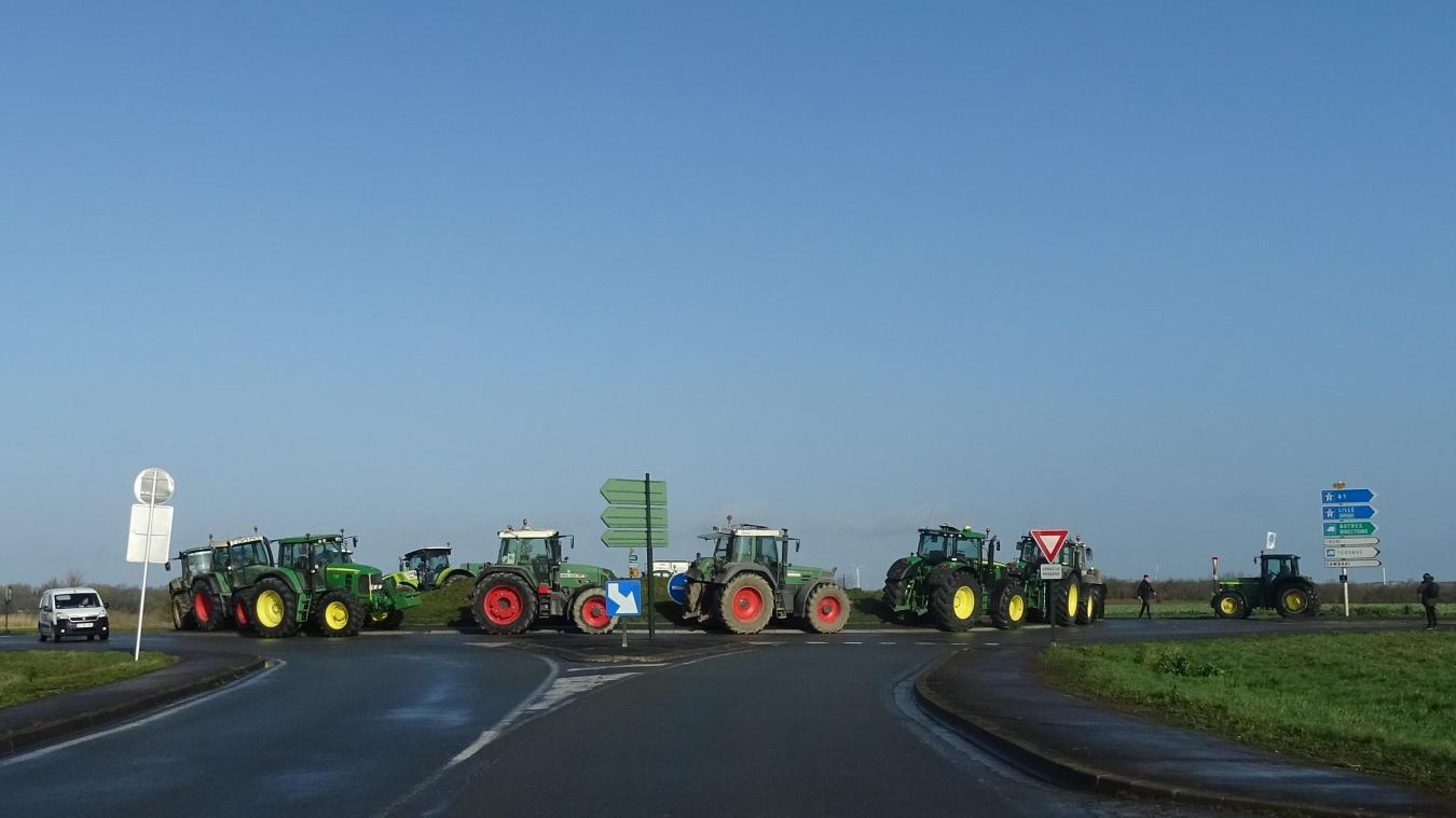Barrage filtrant des agriculteurs à l'entrée de Bapaume