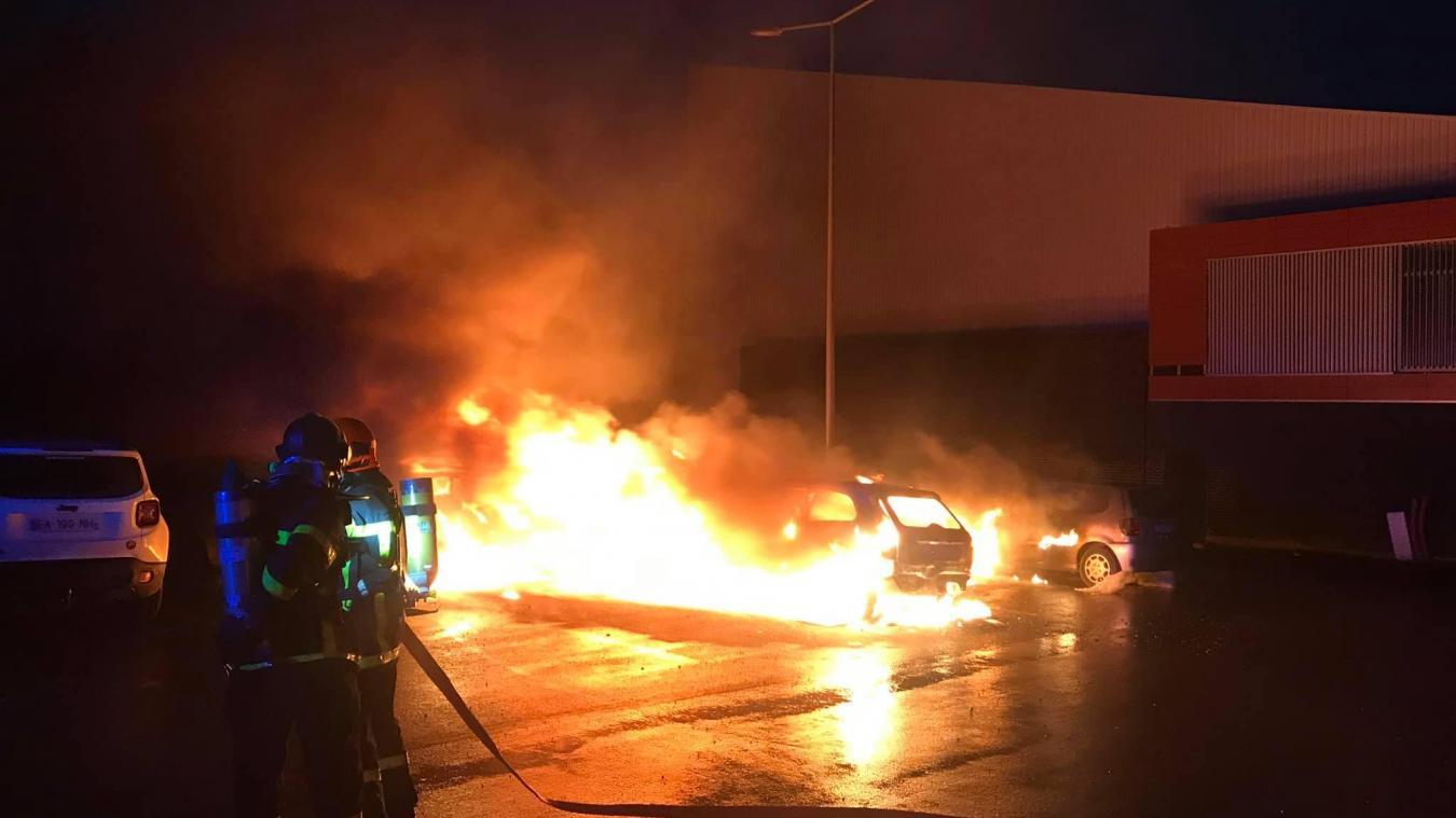 Béthune: l'auteur de l'incendie de cinq voitures à la salle Louchart interpellé