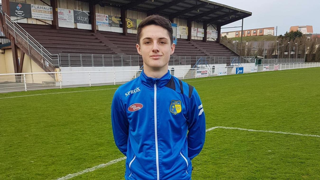 Simon Paris, jeune footballeur de 15 ans, licencié au Stade portelois.