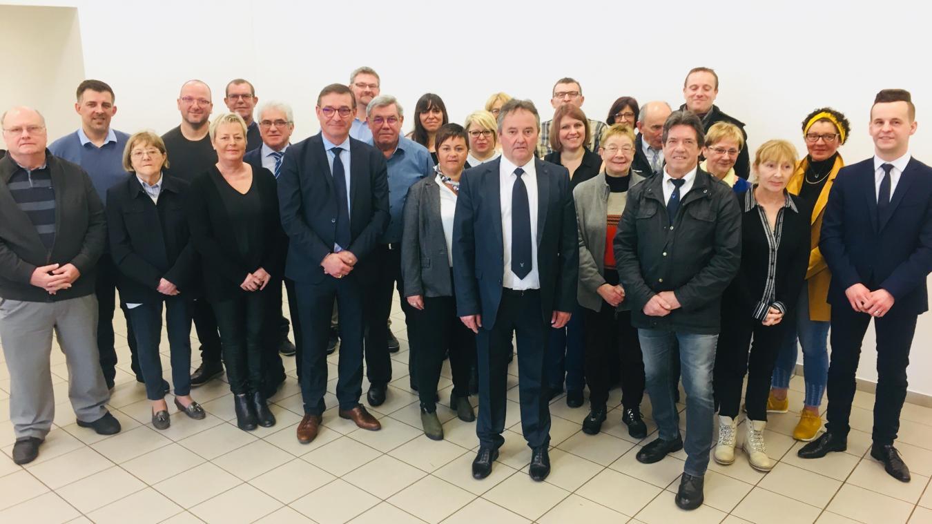 La liste Étaples Ensemble regroupe des femmes et des hommes qui ont choisi Pascal Thiebaux comme candidat aux prochaines élections municipales.
