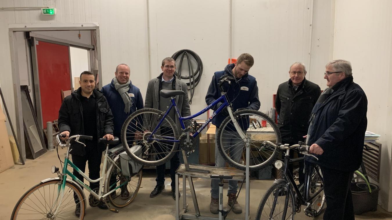La Mission locale a acheté 65 vélos à la Ressourcerie, ce qui favorise aussi l'insertion professionnelle pour la remise en état des cycles.