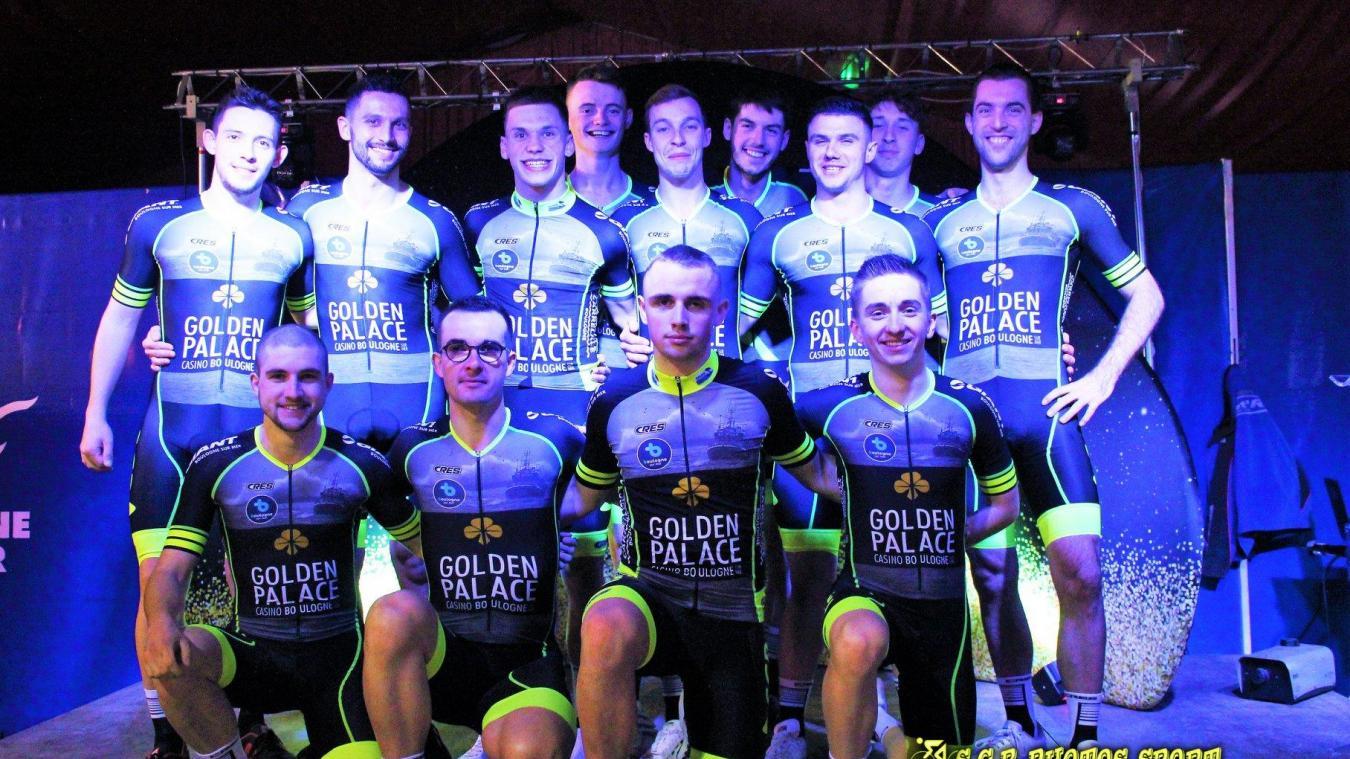 Les cyclistes du club fournissent un dur labeur pour se garantir de participer à la Coupe de France.