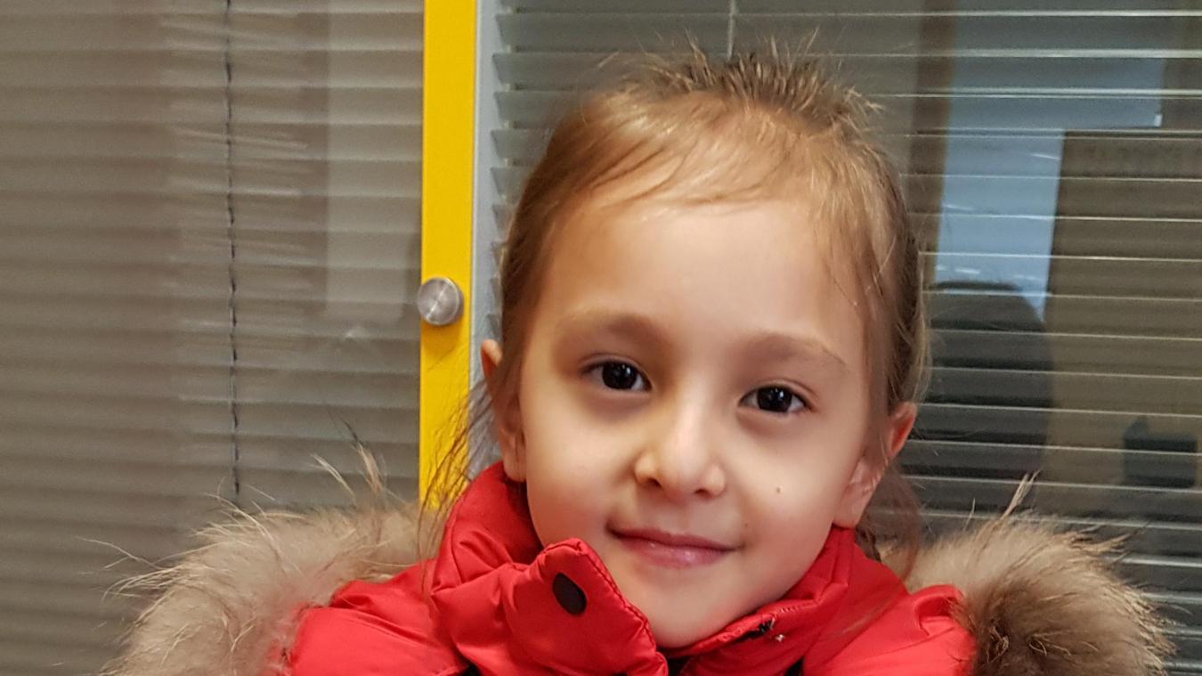 De la Chine à Calais: Aïko, 8 ans, a fui le coronavirus