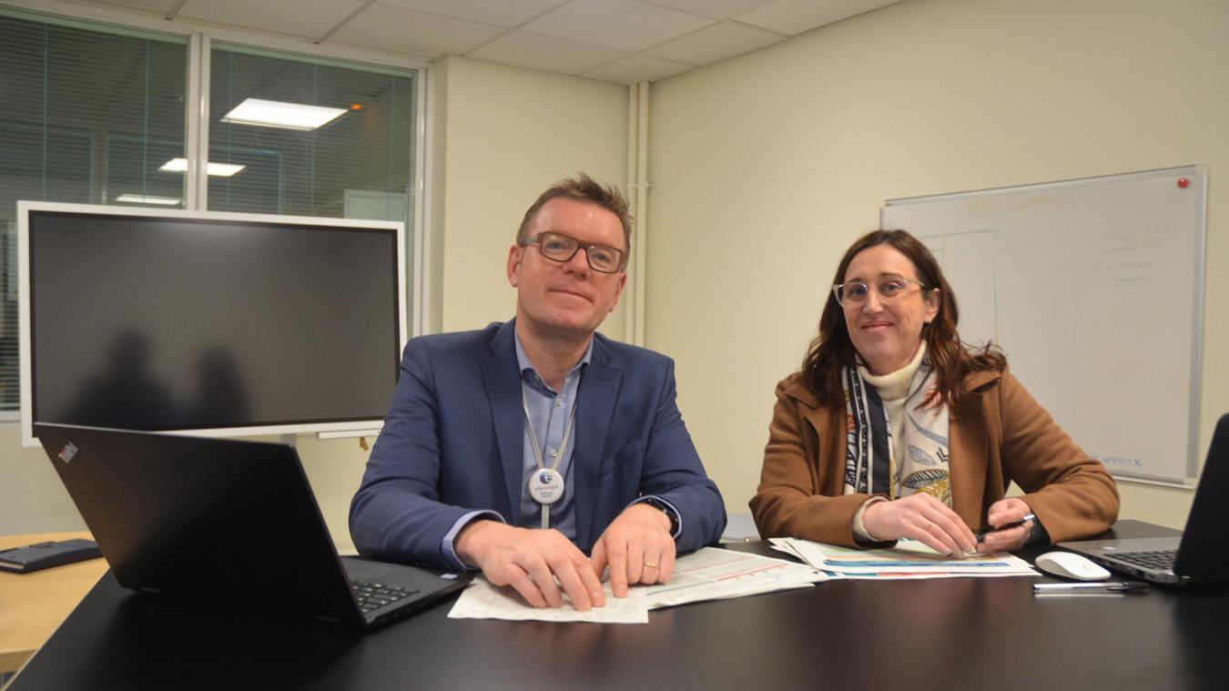 Guillaume Sagot et Dominique Ghys sont les directeurs des deux agences Pôle Emploi de Calais.