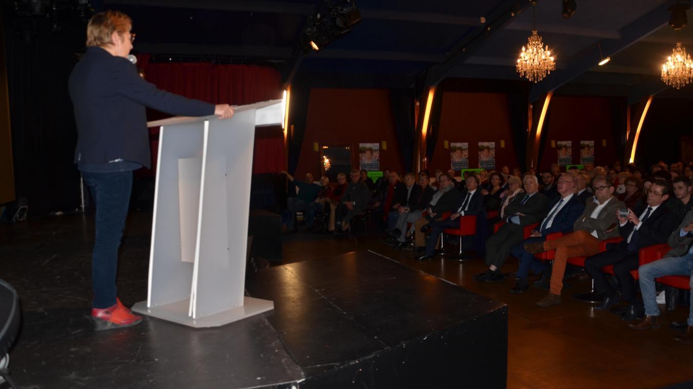 Natacha Bouchart a dévoilé son programme pour Calais au Bowling