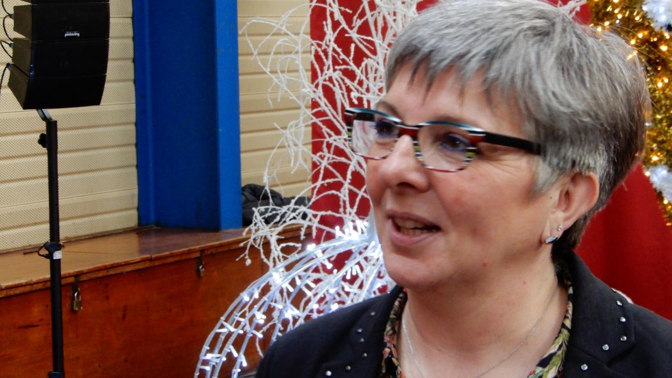 L'élue, au conseil depuis 2001 à Brouckerque, veut inciter les jeunes habitants à s'engager.