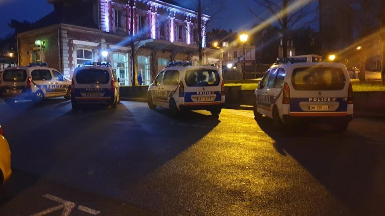Un gros dispositif de police attendait le Boulonnais en fuite, en gare des Tintelleries à Boulogne-sur-Mer.