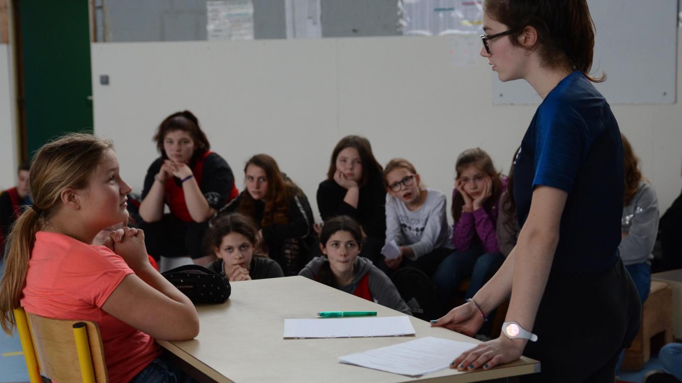 À travers quelques saynètes, les jeunes ont aussi travaillé l'oral.