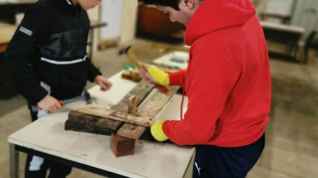 Sept jeunes de 13 ans, suivis par la Vie active, participent à ce projet.
