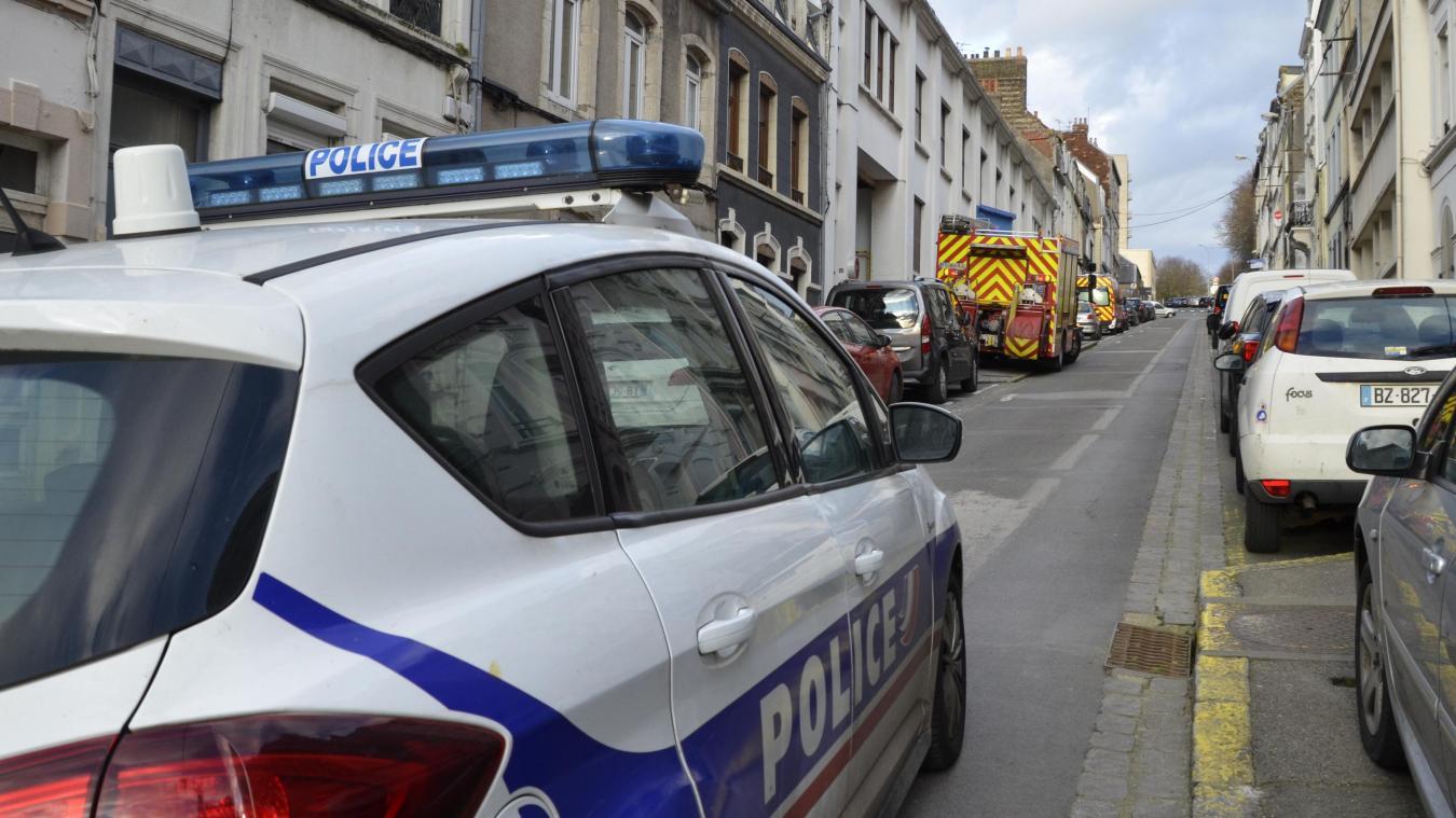 Les autorités, secours et un technicien de Grdf sont intervenus rue Félix-Adam ce mercredi 26 février.