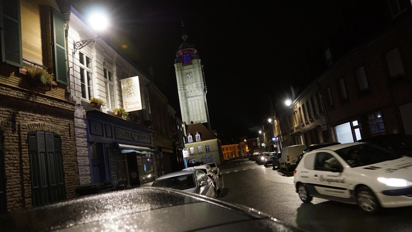 La nuit, durant quelques heures, l'éclairage public est coupé. Une mesure qui divise les habitants.