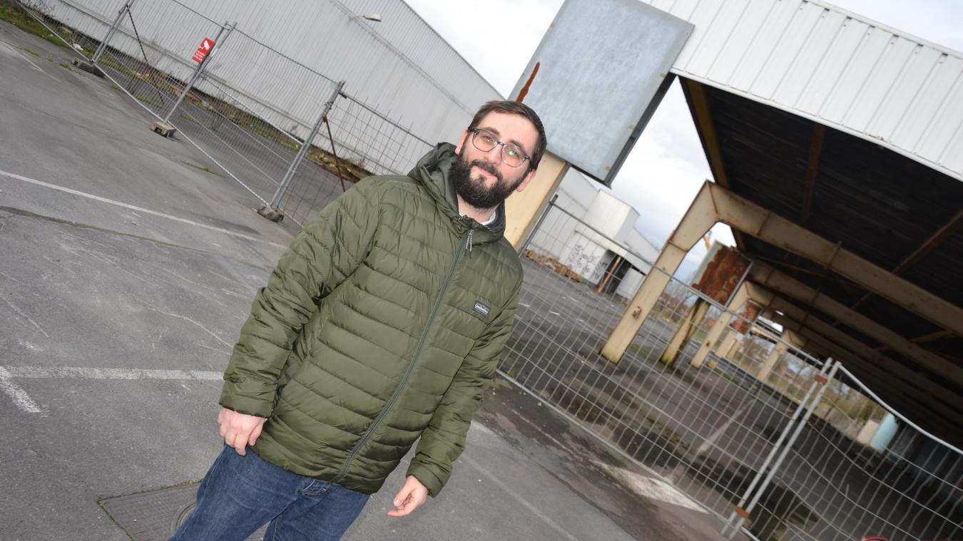 Alexis Salmon aimerait que la ville achète le site de l'ancien Intermarché, pour un faire un lieu de vie et de commerce.