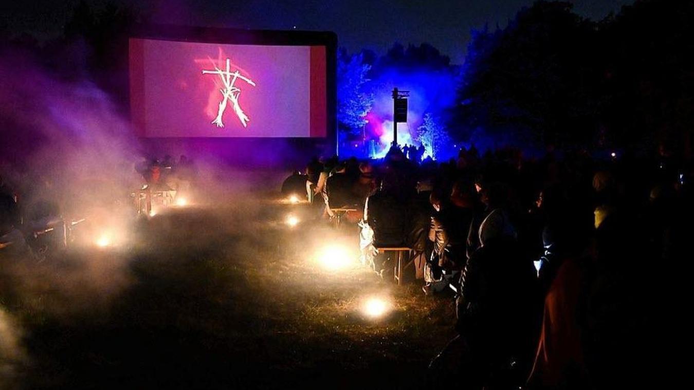 Faut-il proposer régulièrement du cinéma plein air à la Citadelle de Calais ?