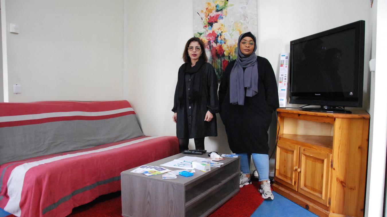 C'est la fondation Face, représentée par Ilham Nour et Nadine Aly, qui gère cet appartement pédagogique à Hazebrouck.