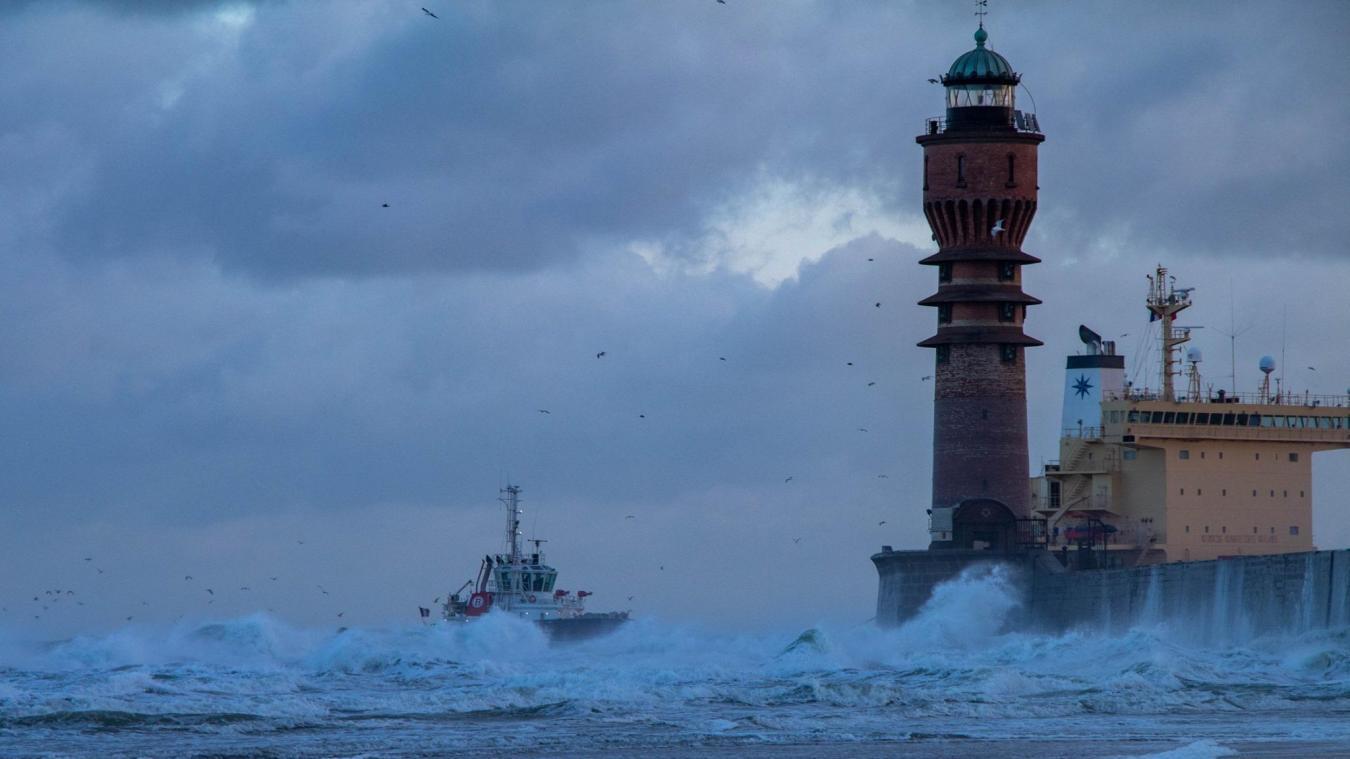 La tempête a touché la façade Manche et mer du Nord depuis la nuit de lundi à mardi. © Jacky Devos