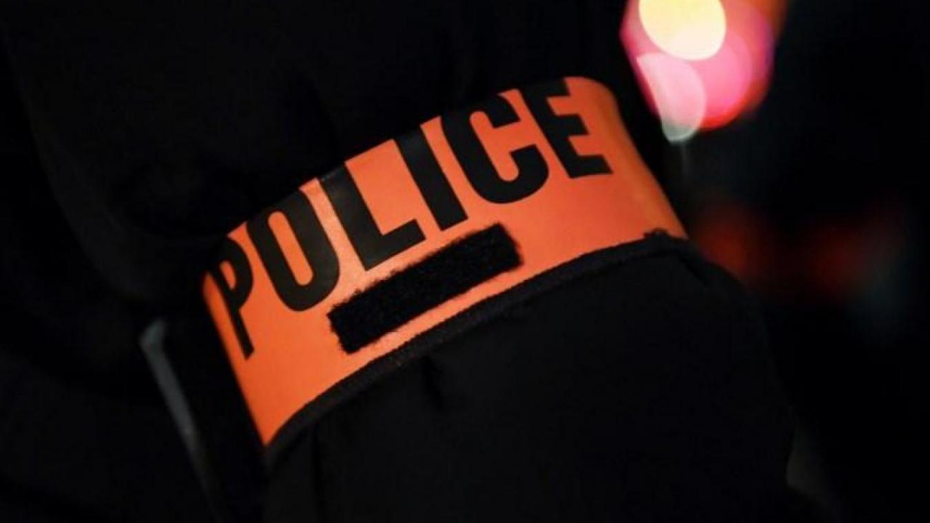 Faux agents et faux policiers volent tous leurs bijoux