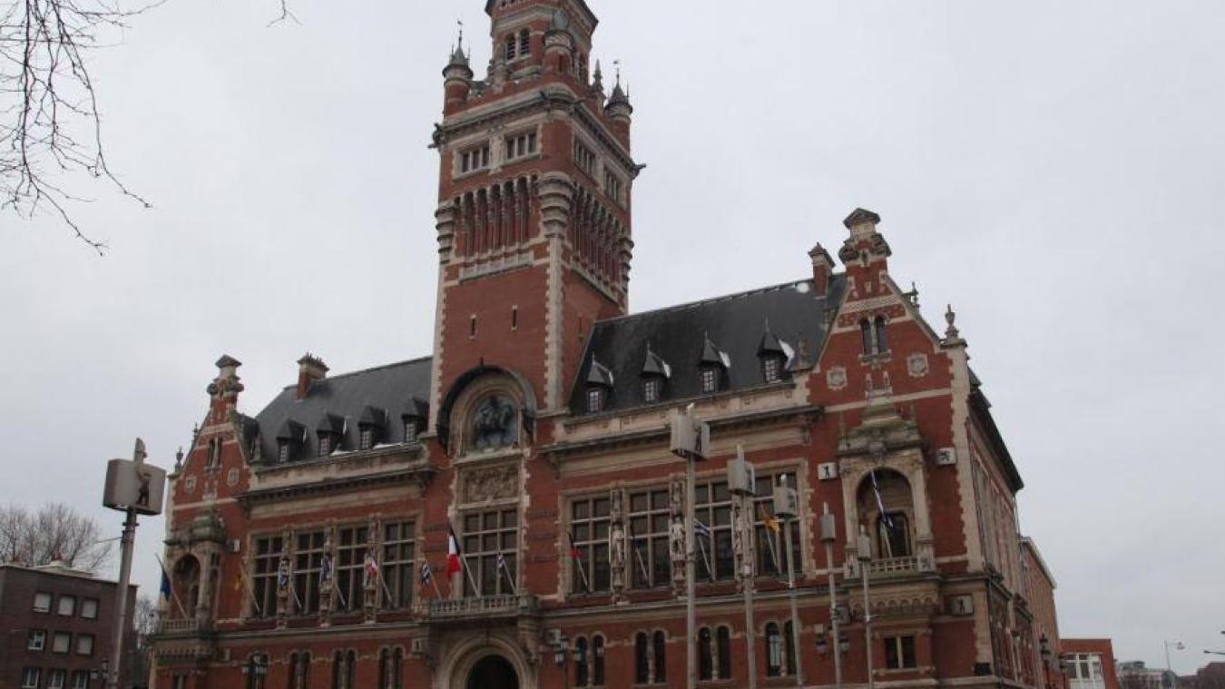 Nous avons demandé aux cinq candidats de présenter trois projets représentatifs de leur campagne pour conquérir la mairie de Dunkerque.