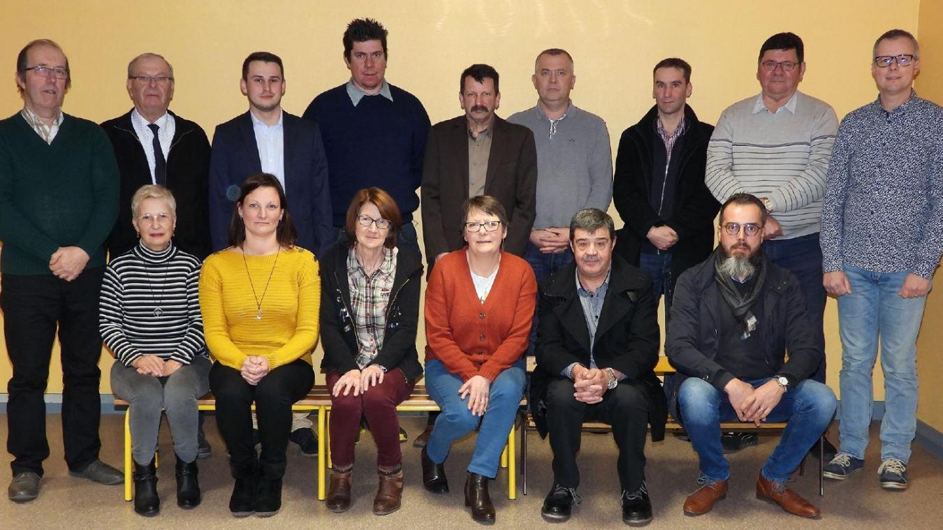 Pascal Gavois (au centre au second plan) est candidat à un troisième mandat de maire.