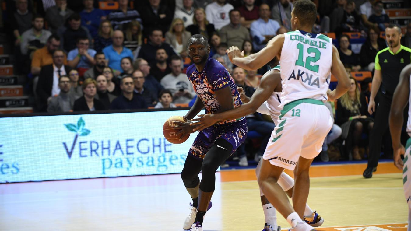 Les partenaires d'Ousmane Dramé ne joueront pas jusqu'à la fin du mois, au minimum. © Michel De Smedt