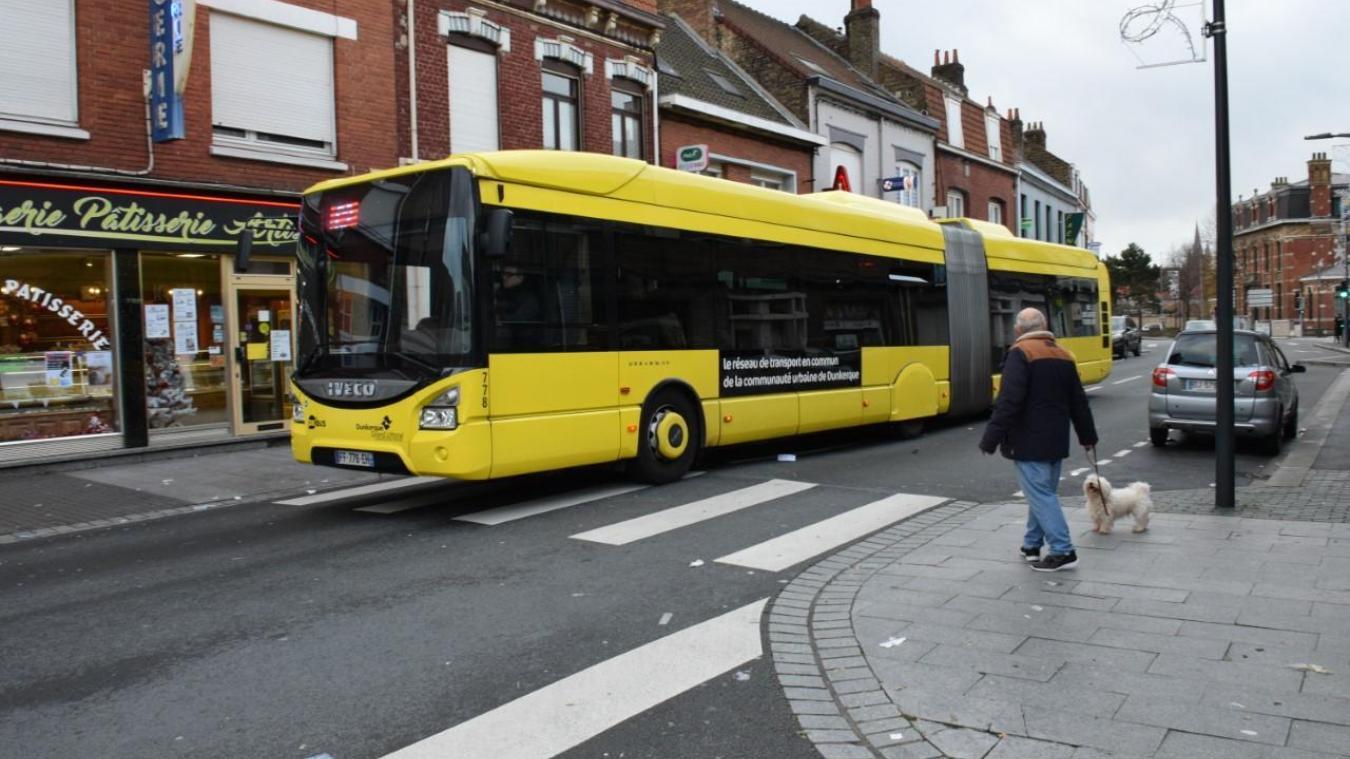Concernant le réseau de transport en commun, les bus, les lignes chrono vont passer dès lundi à une fréquence de 15 minutes au lieu de 10.