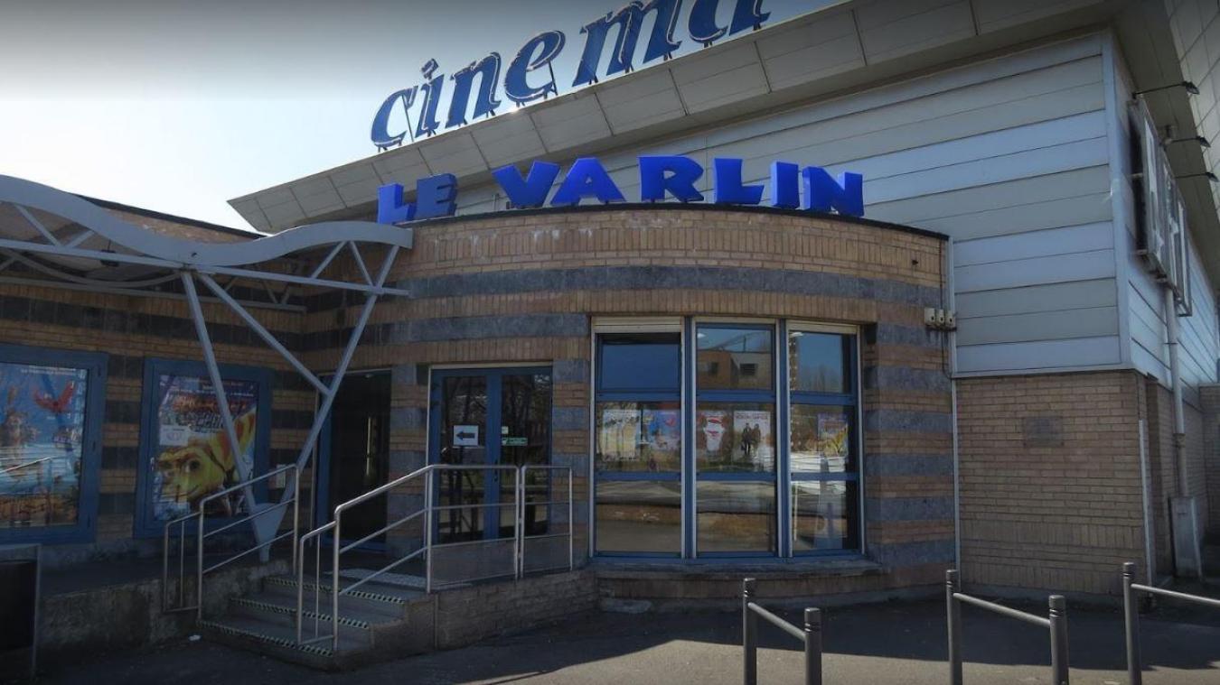 En raison de l'épidémie de Coronavirus, plusieurs structures, comme le cinéma Varlin à Grande-Synthe, sont fermées dans le Dunkerquois.