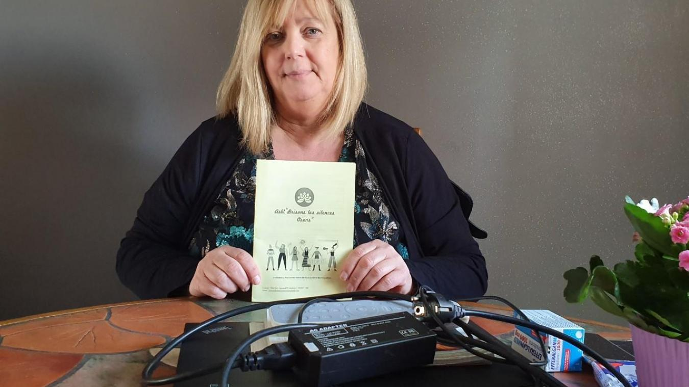 Forte d'un diplôme et d'expérience personnelle, Maryline Lamand est à l'écoute des personnes victimes de violence.