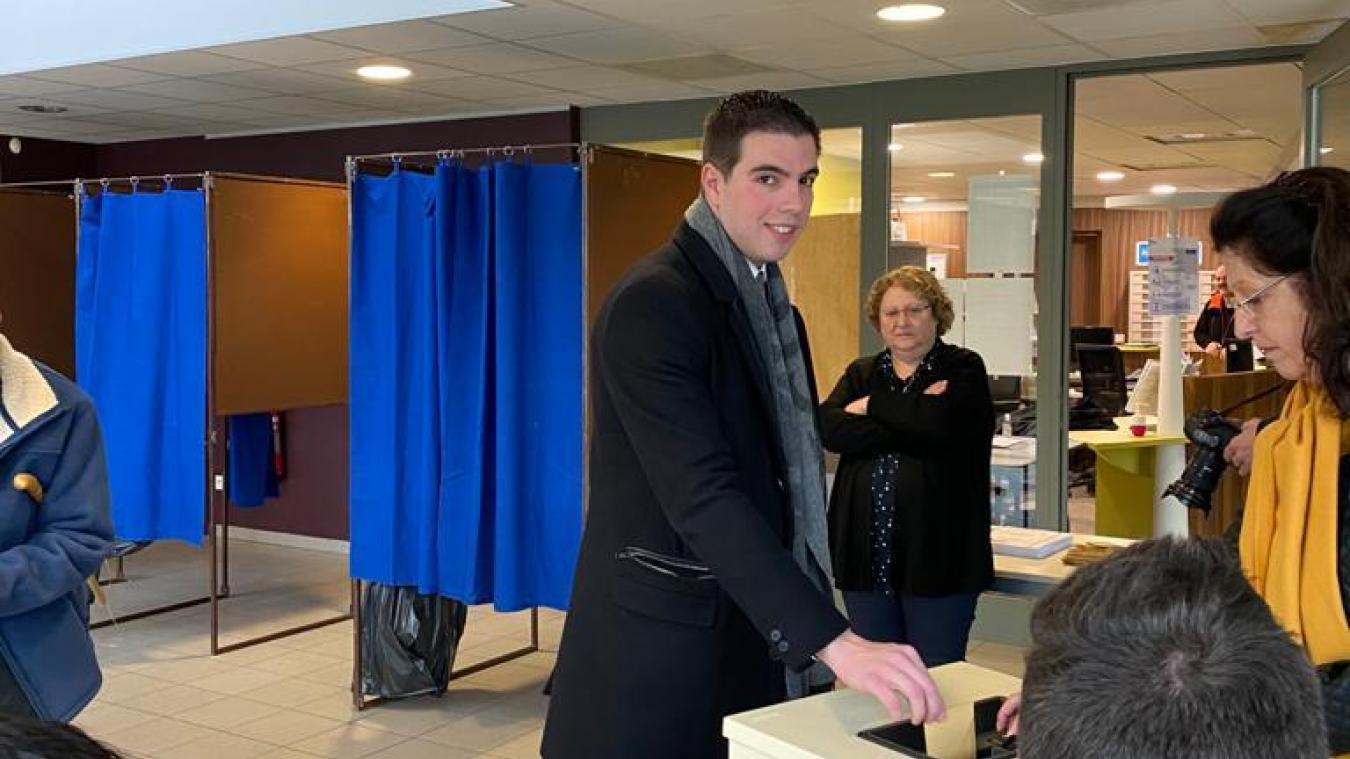 Le député Ludovic Pajot a voté dans la matinée.