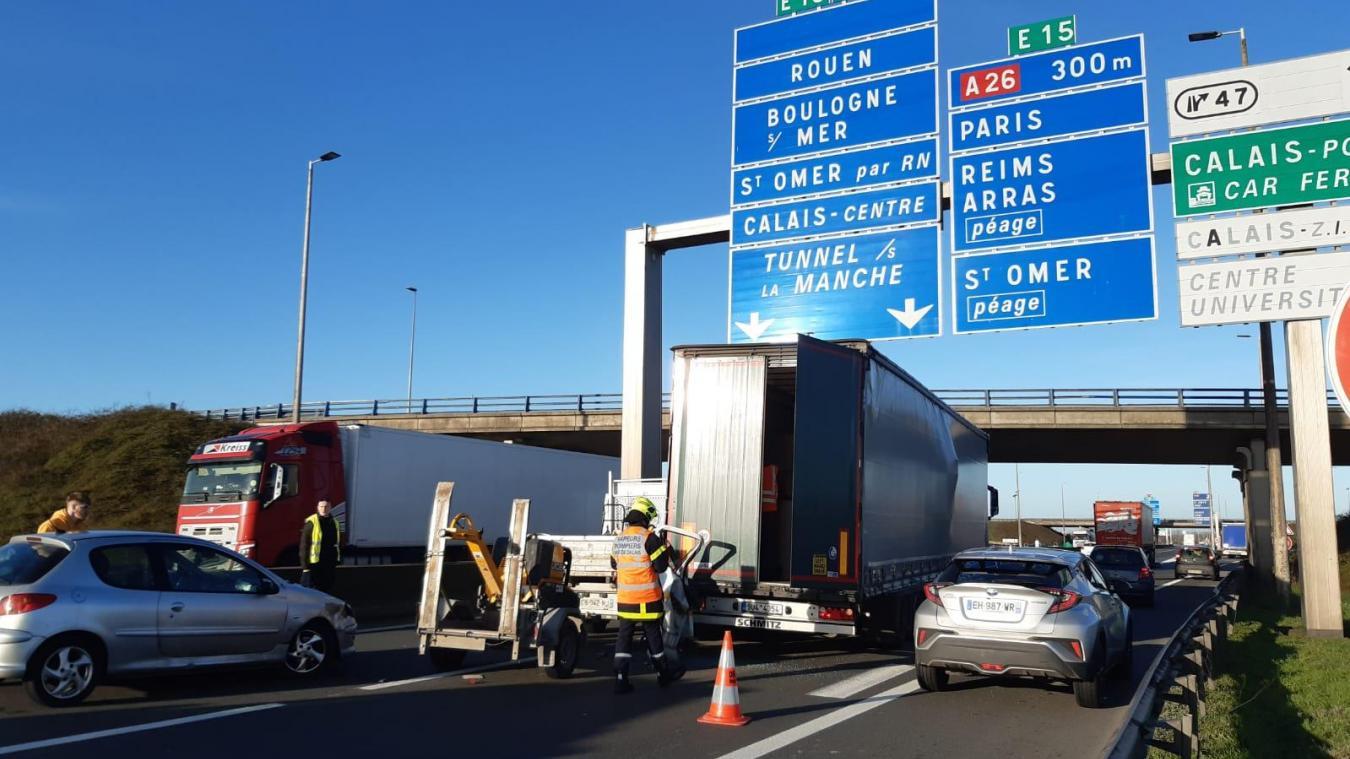 Carambolage sur l'A16 au niveau de Calais: attention aux bouchons !