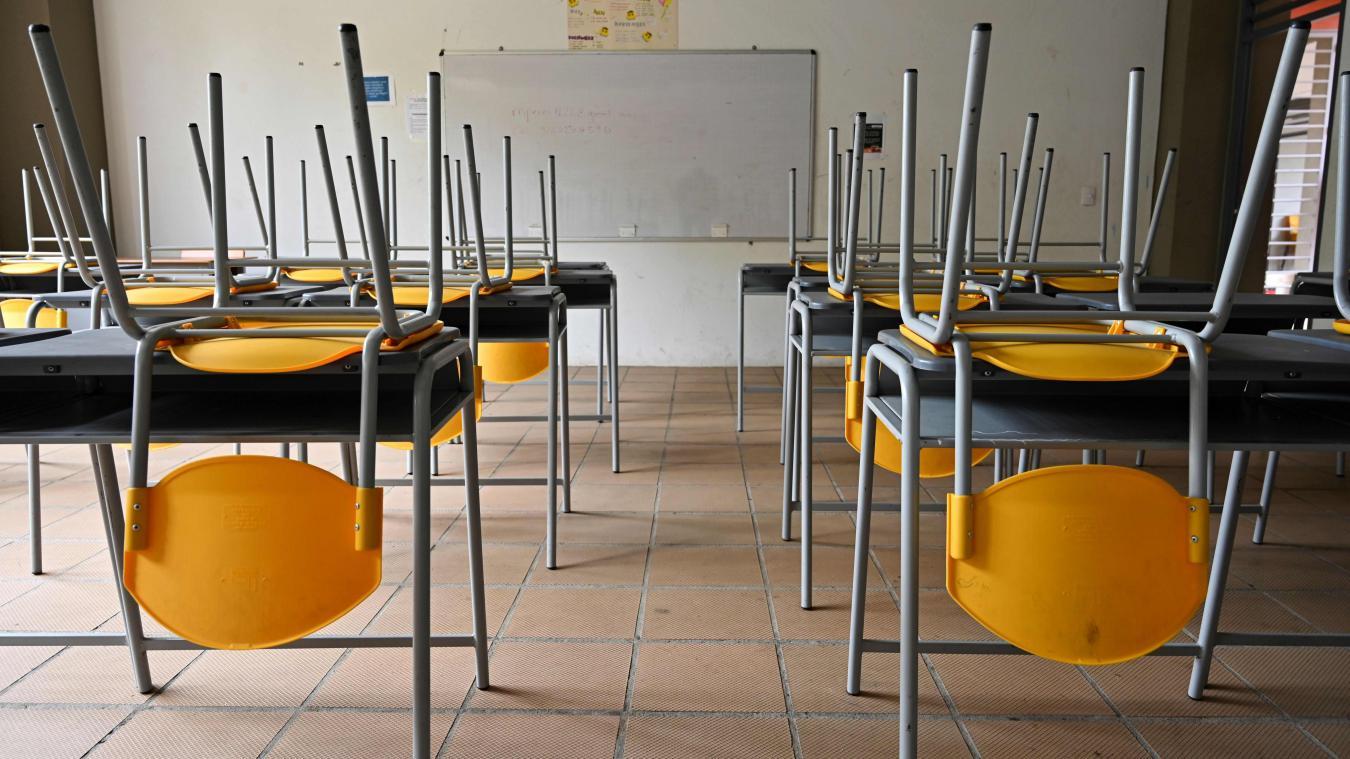 École à la maison: élèves, parents et enseignants en terrain inconnu