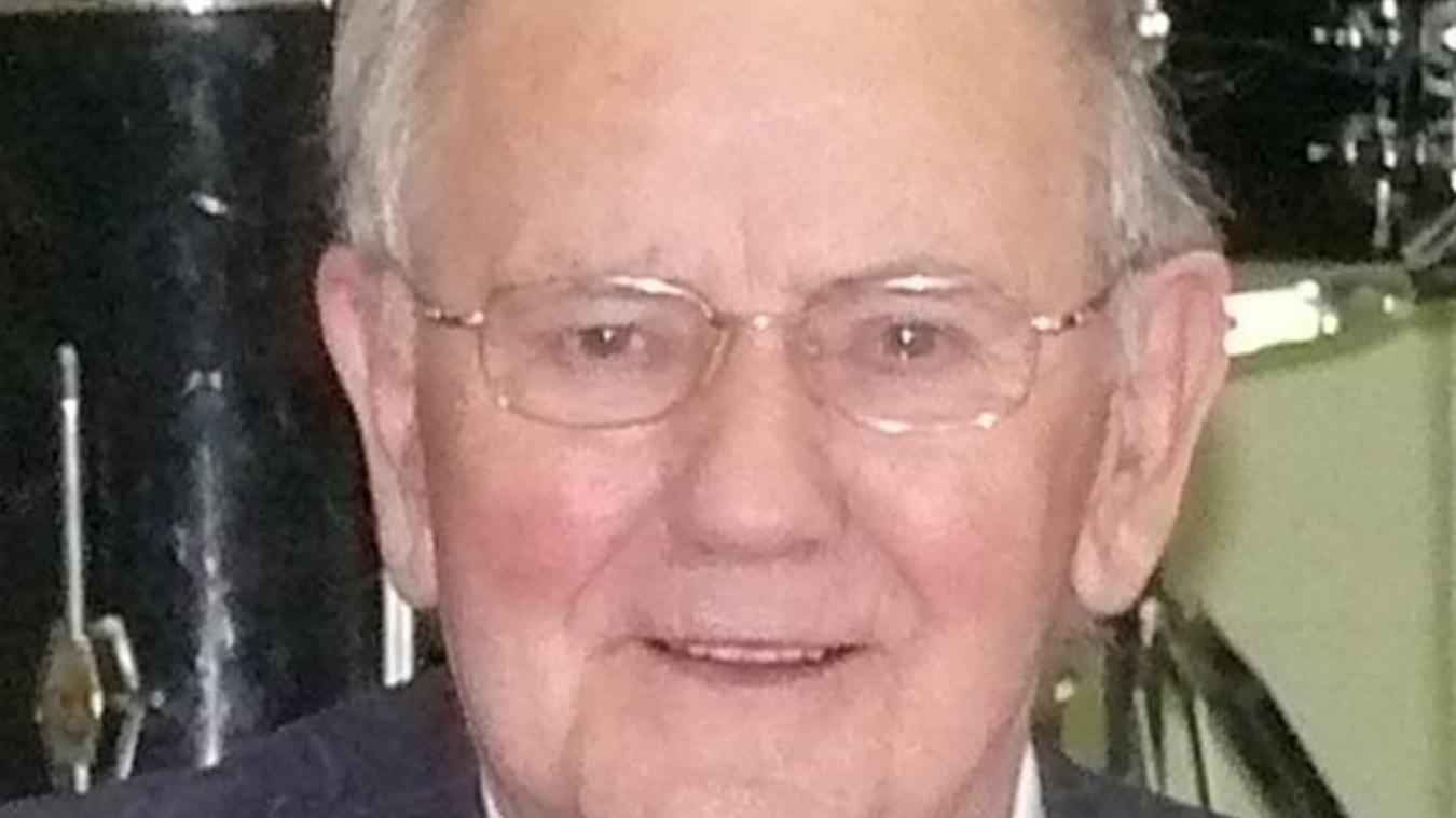 Claude Buisine avait pris le relais d'Edouard Joly en 1977 à la tête de la ville.