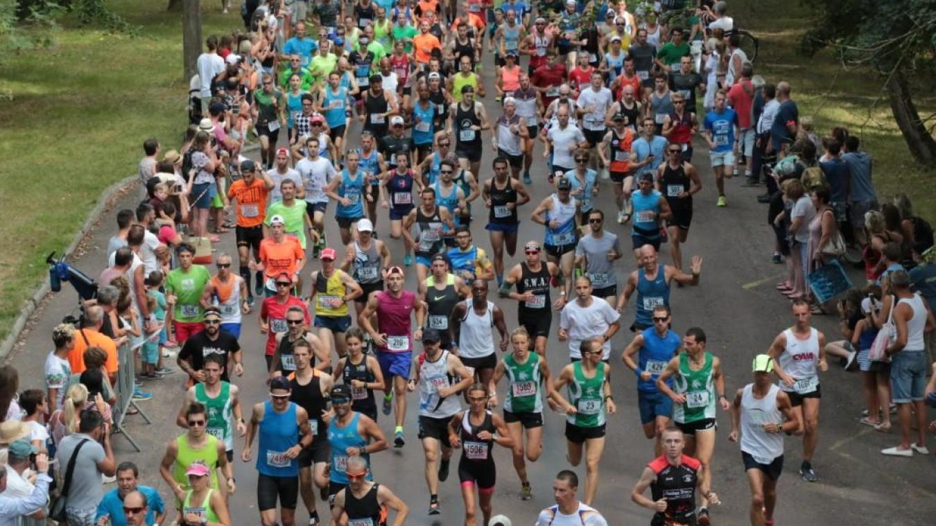 Depuis quelques années, le 10 km et le semi-marathon du Touquet attirent près de 3 000 coureurs.