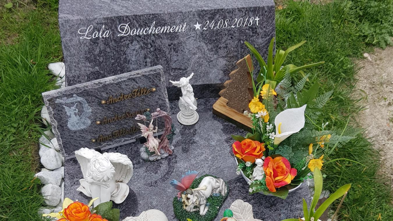 Dunkerque : des vols à répétition sur la tombe de leur fille