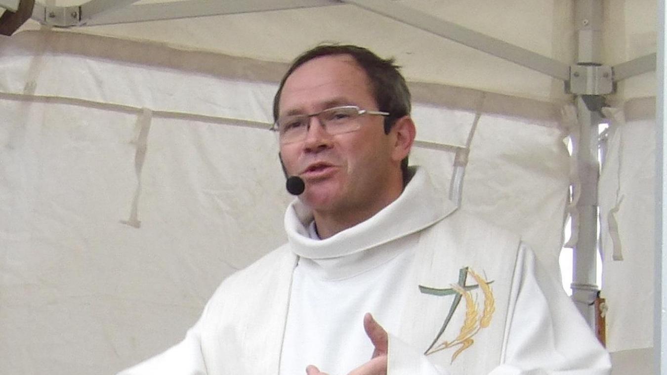 Le Père Xavier Lemblé est le curé-doyen de Béthune.