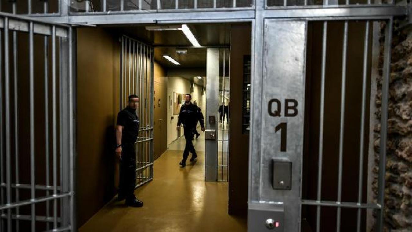 5 000 détenus libérés pour éviter la propagation du coronavirus dans les prisons ?